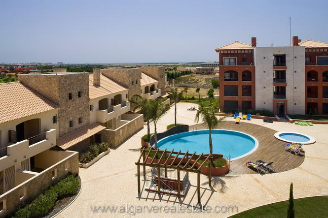 the Victoria Gardens Vilamoura apartments