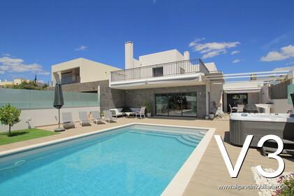Moradia V3 com piscina